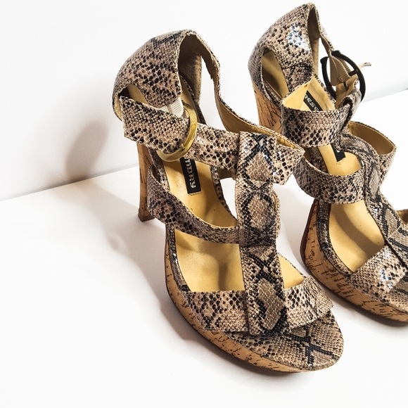 8facced4f94 Chinese Laundry Snake Skin Heels Sz 8